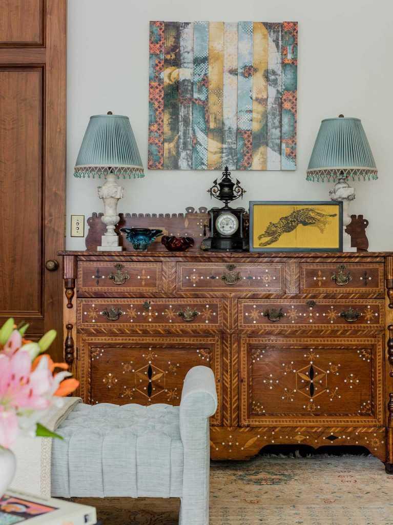 brattle-street-cambridge-living-room-buffet