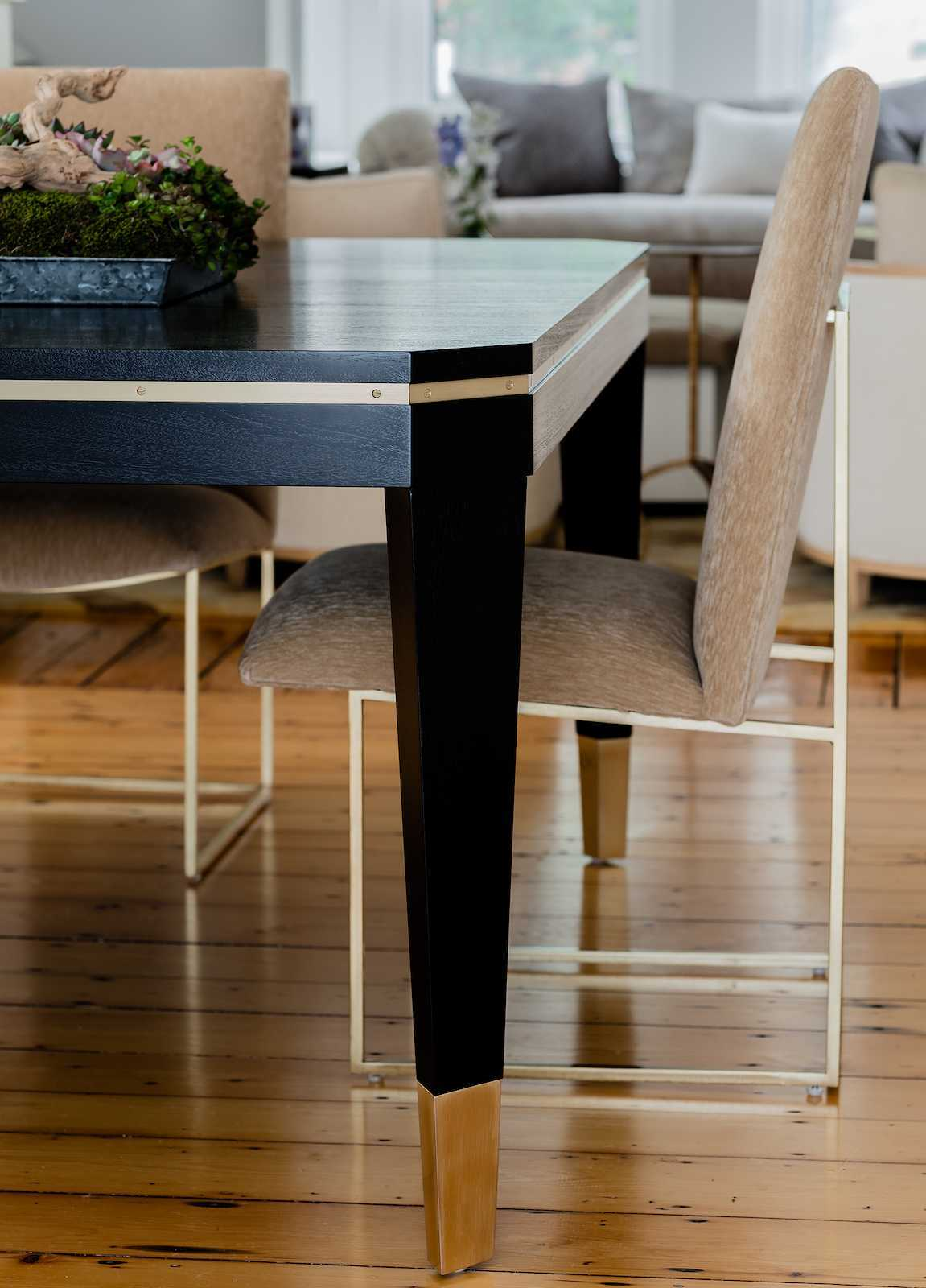 Platemark Interior Design Wellington Street South End Boston Dining Room Table Detail