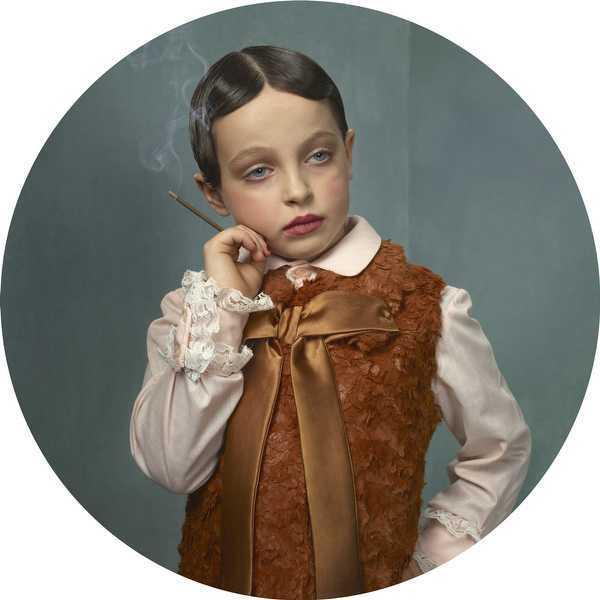 Frieke Janssens Smoking Kids