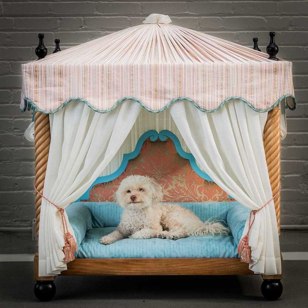 Platemark Design Doges Dog Bed 2